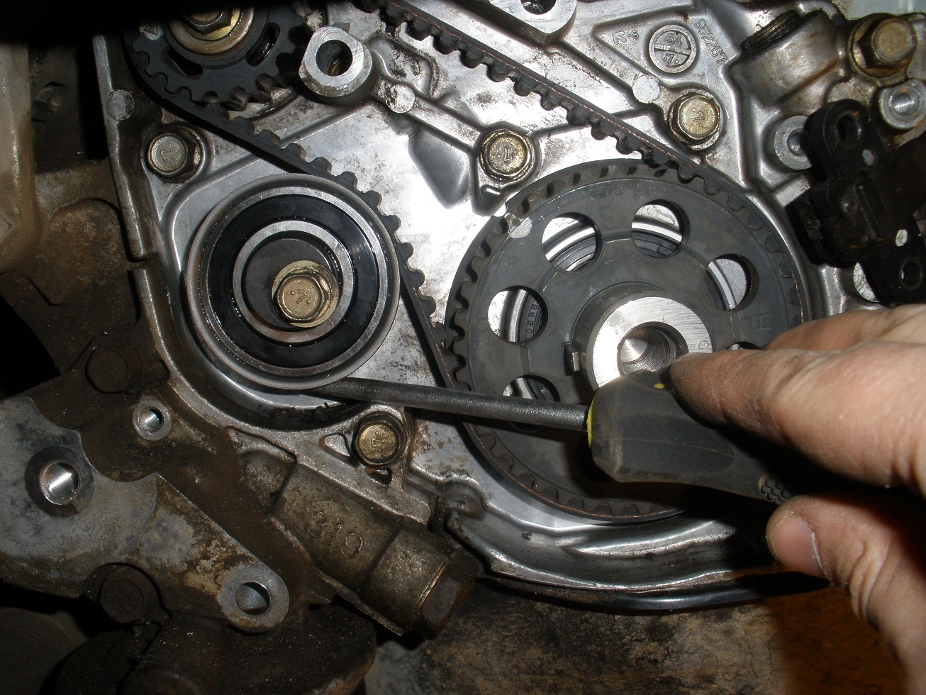 установка ремня грм митсубиси рвр двигатель 4g67